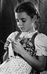 Monika Ertl niña