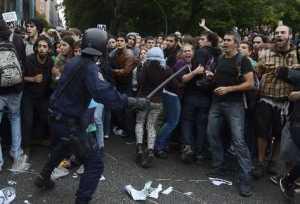 Espanoles-Gobierno-Neptuno-Madrid-AfP_PREIMA20120926_0047_37