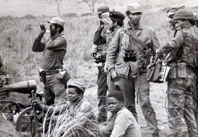 combate-cubanos-angola