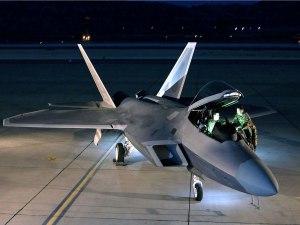 F-22-Raptor-abierto