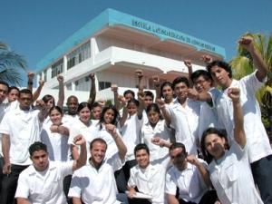 Cuban médico-