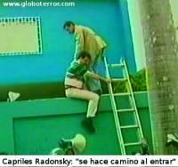 """La """"hazaña"""" de Capriles Radonski de asaltar la Embajada de Cuba el 12 de abril de 2002, durante el golpe de Estado a Chávez"""