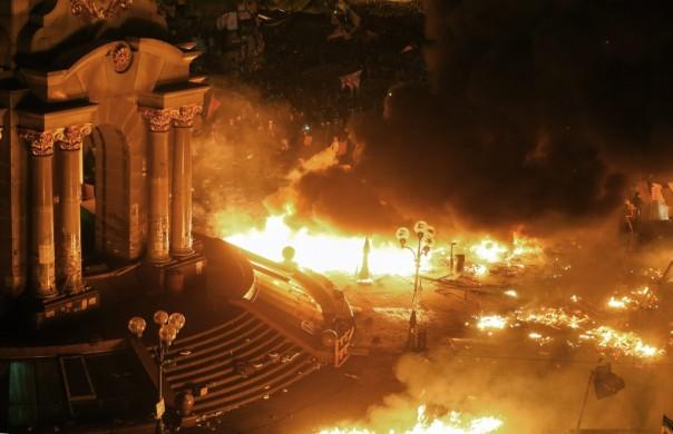 Maidan, Kiev, en esto querían convertir nuestra Plaza