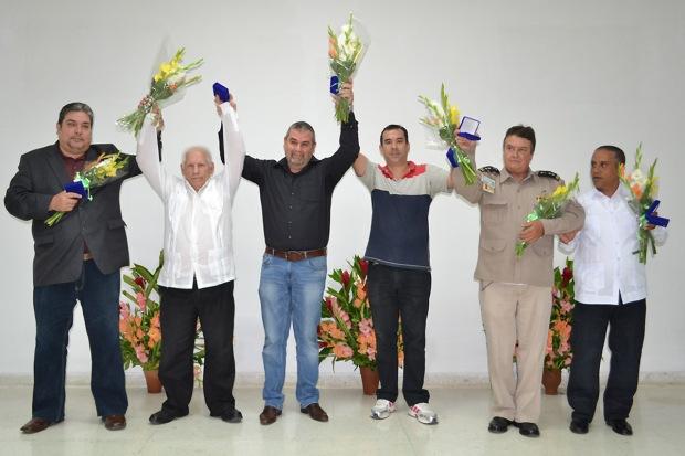 De izquierda a derecha: Raúl Capote, José Manuel Collera, Frank Carlos Vázquez, Dalexis Gonzalez Madruga,  Moisés Rodríguez y Carlos Manuel Serpa.