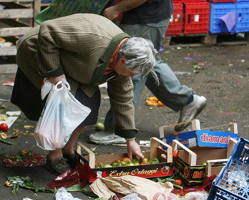 Las colas del hambre enEspaña
