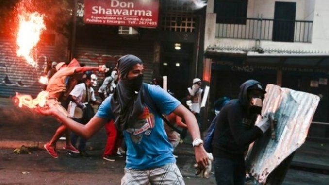 Maidan y Guarimba: Las Imágenes seconfunden