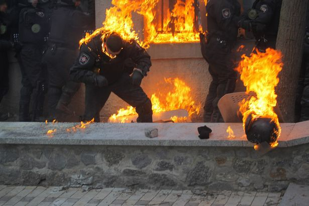 Ukraine-Riots-3051013